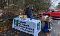 Volunteer lynn woods